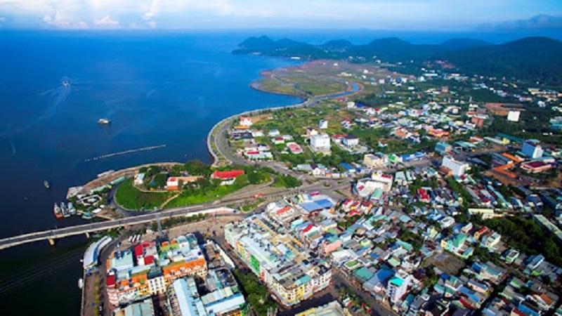 Thành phố Kiên Giang bao quanh bởi biển