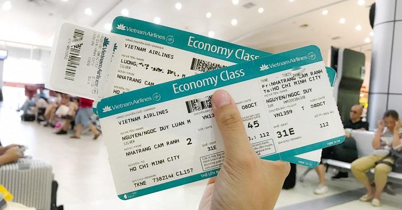 Loại vé bao gồm cả chiều đi và chiều về trong một hành trình thì được gọi là vé máy bay khứ hồi hay còn gọi là vé 2 chiều