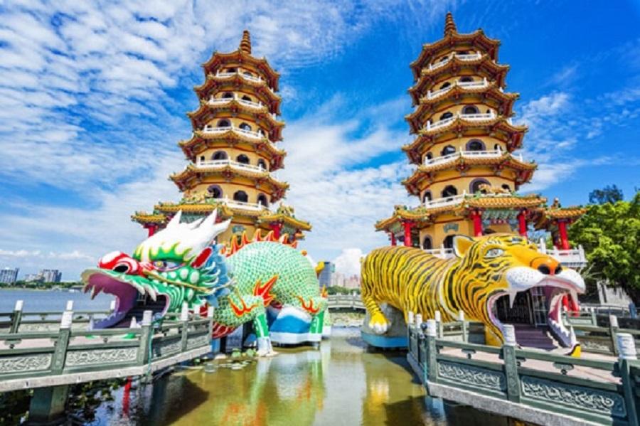 Tháp Long Hổ với nét kiến trúc đậm chất Trung Hoa vô cùng độc đáo ở Cao Hùng