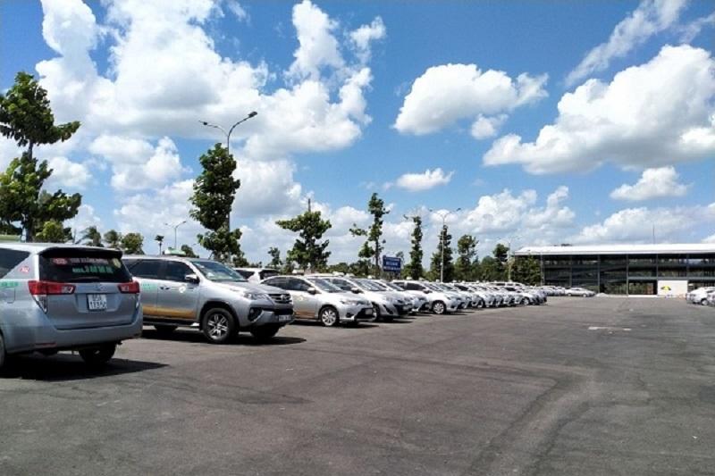 Nhiều lựa chọn phương tiện di chuyển từ sân bay Thọ Xuân