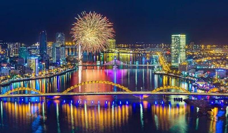 Thành phố Đà Nẵng với vẻ đẹp hoa lệ, say đắm lòng người khi về đêm