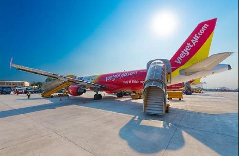 Máy bay của hãng hàng không Vietjet Air dừng chân tại sân bay Đà Nẵng