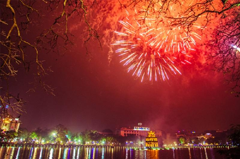 Đến Hà Nội và hòa mình vào không khí tươi vui trong dịp tết Nguyên Đán