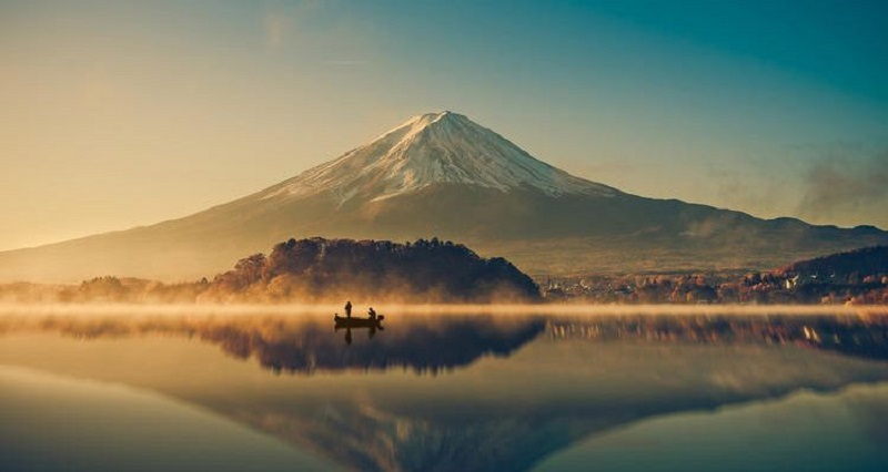 Cảnh sắc núi Phú Sĩ vào hoàng hôn