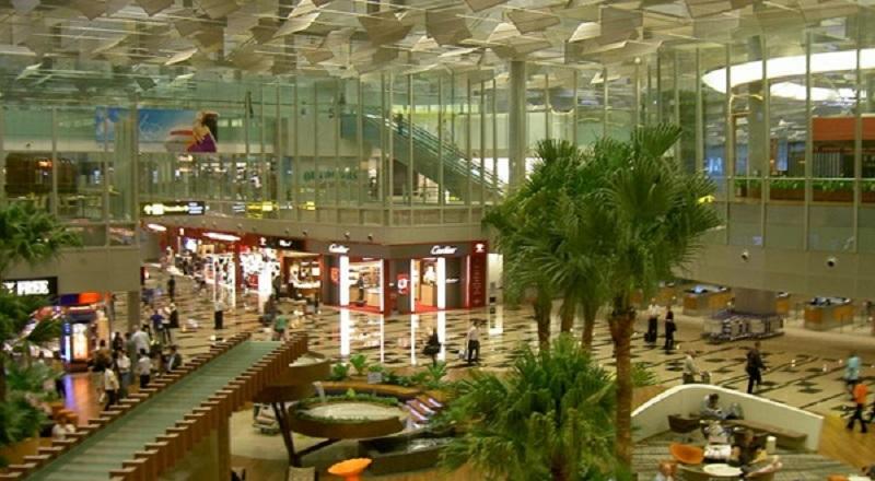 Không gian bên trong của sân bay Changi